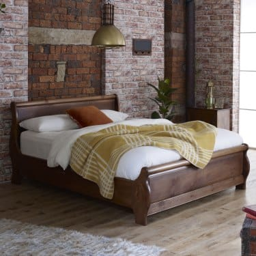 Queen size sleigh beds